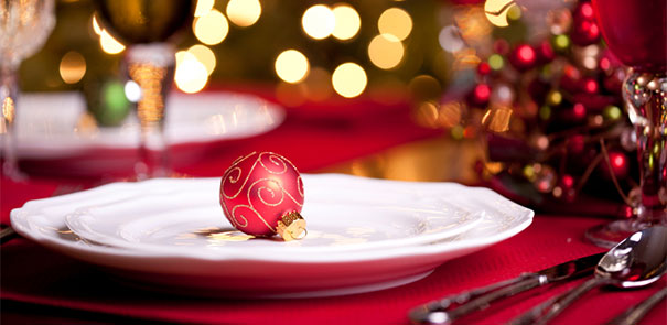 Christmas-eating-article_605x2952243-686437